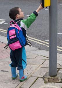 gyerek jelzolampanal